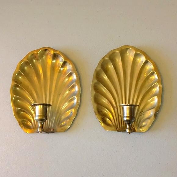 Vintage shell brass candlestick holder set